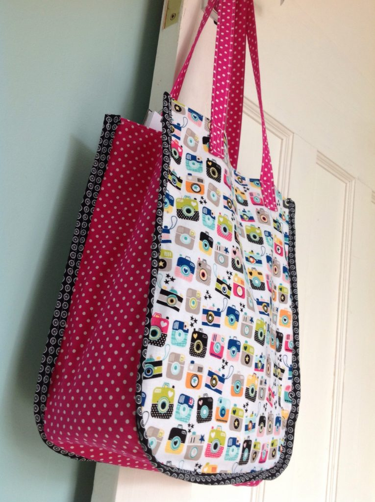 Sew An Instamatic Tote Bag Free Tutorial